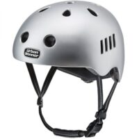 Sølv letvægts cykelhjelm med magnetlås og reflekser, UrbanWinner Lightning Silver